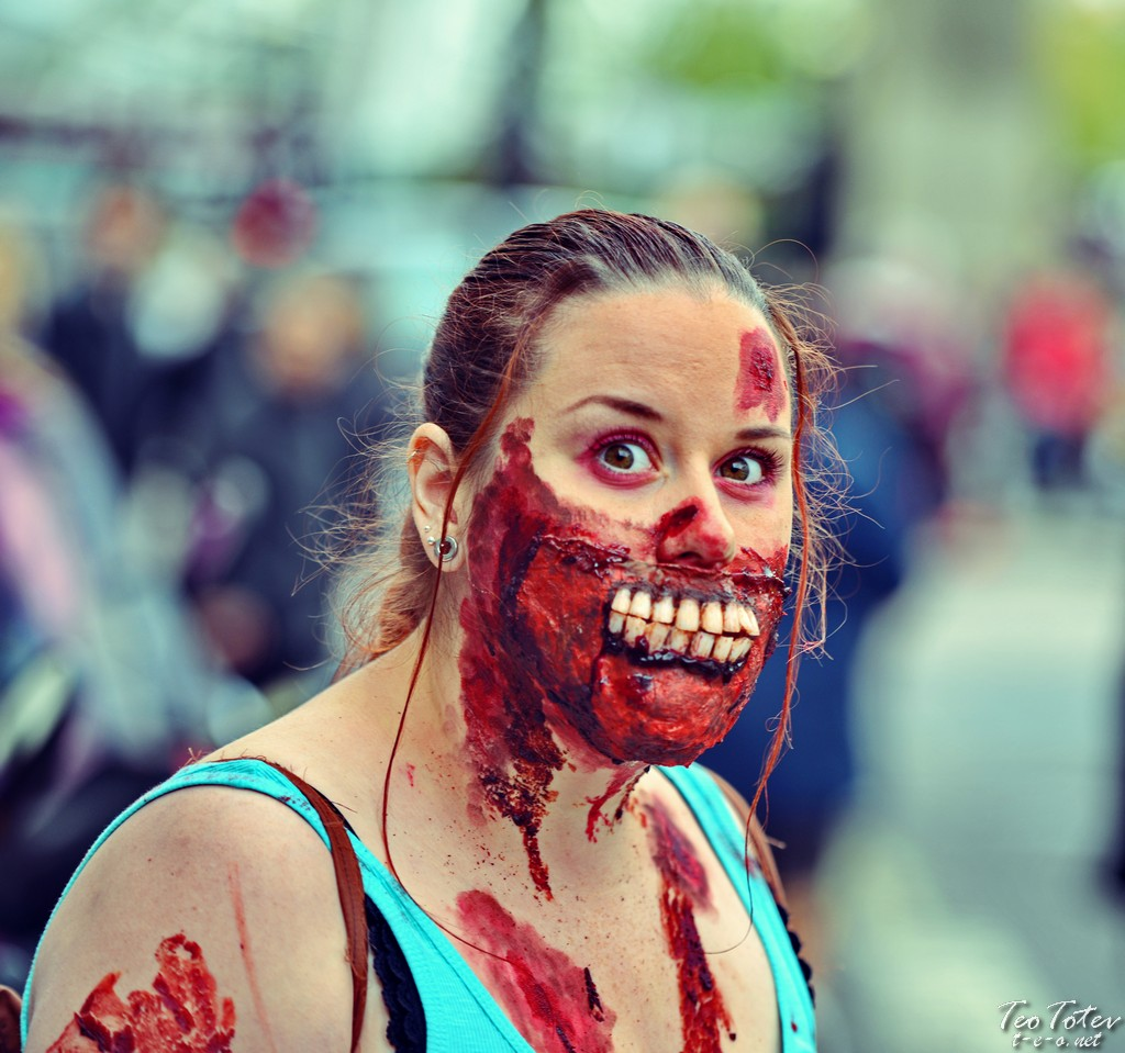 Zombie with scary tooths