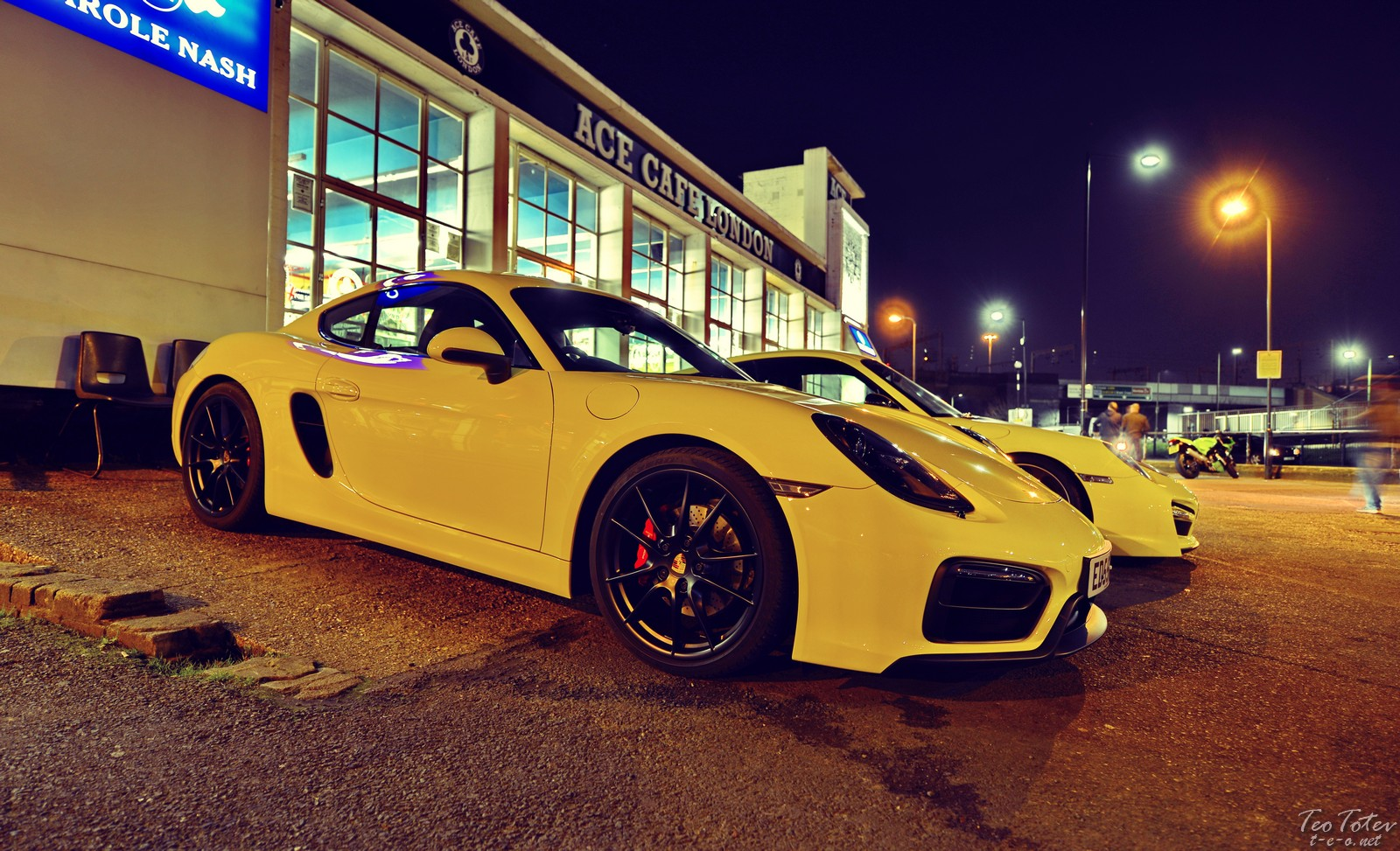 Yellow Porsche Ace Cafe London
