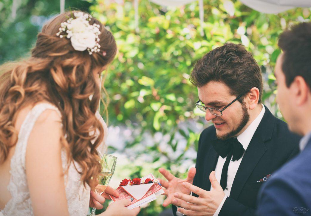 Wedding Gifts Giving
