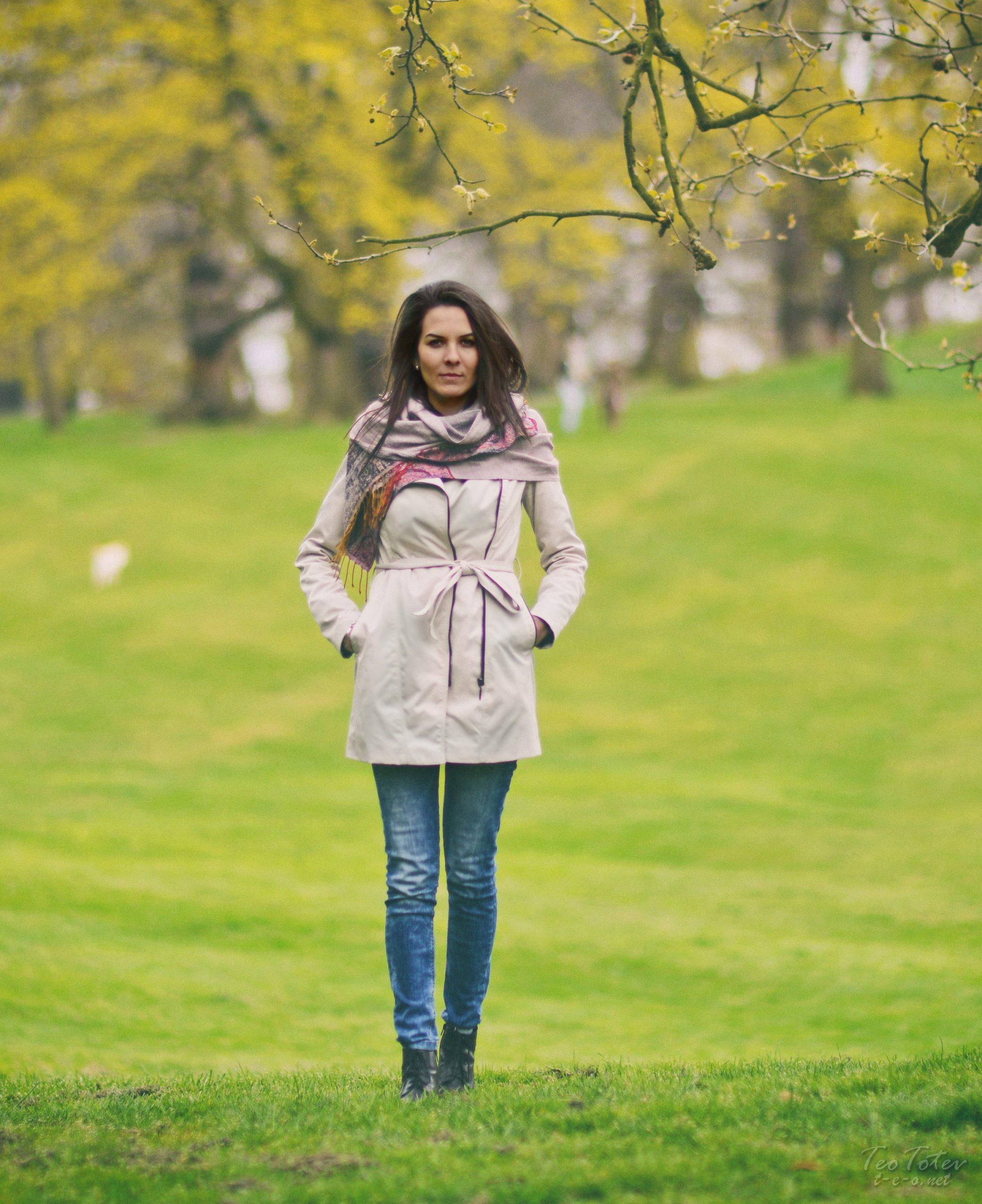 Autumn Fashion in Park