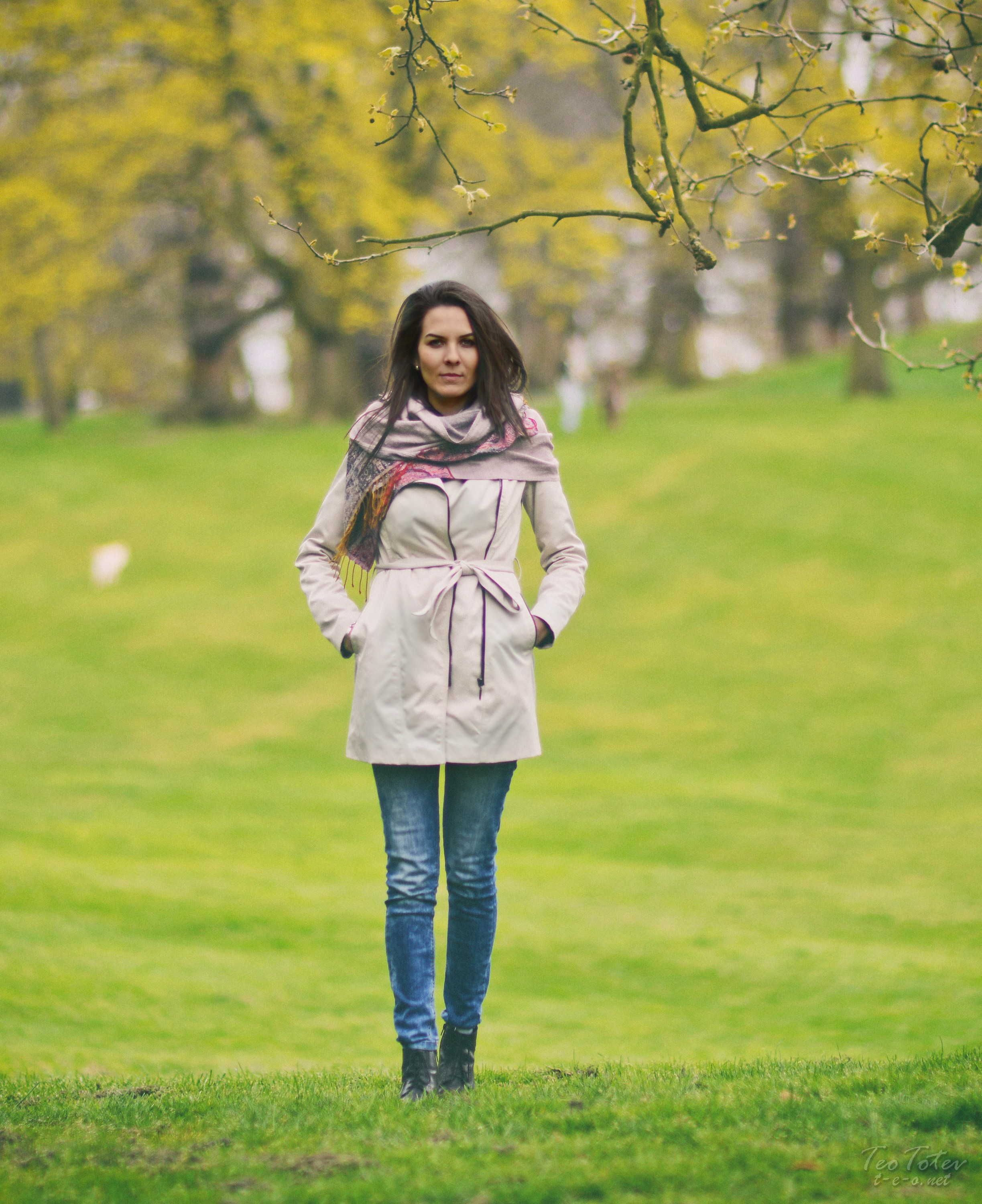 Autumn Fashion in Park
